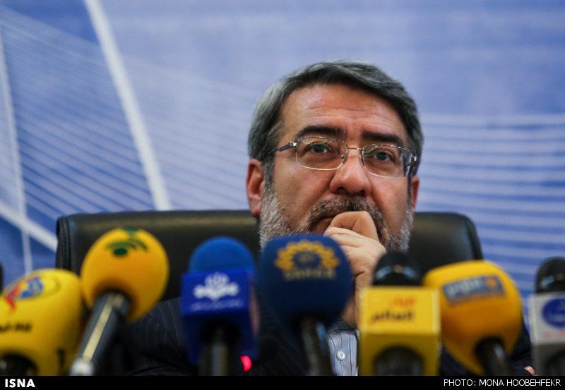 پاسخ قاطعانه وزیر کشور به نگرانیها درباره تعداد زیاد کاندیداهای مجلس خبرگان