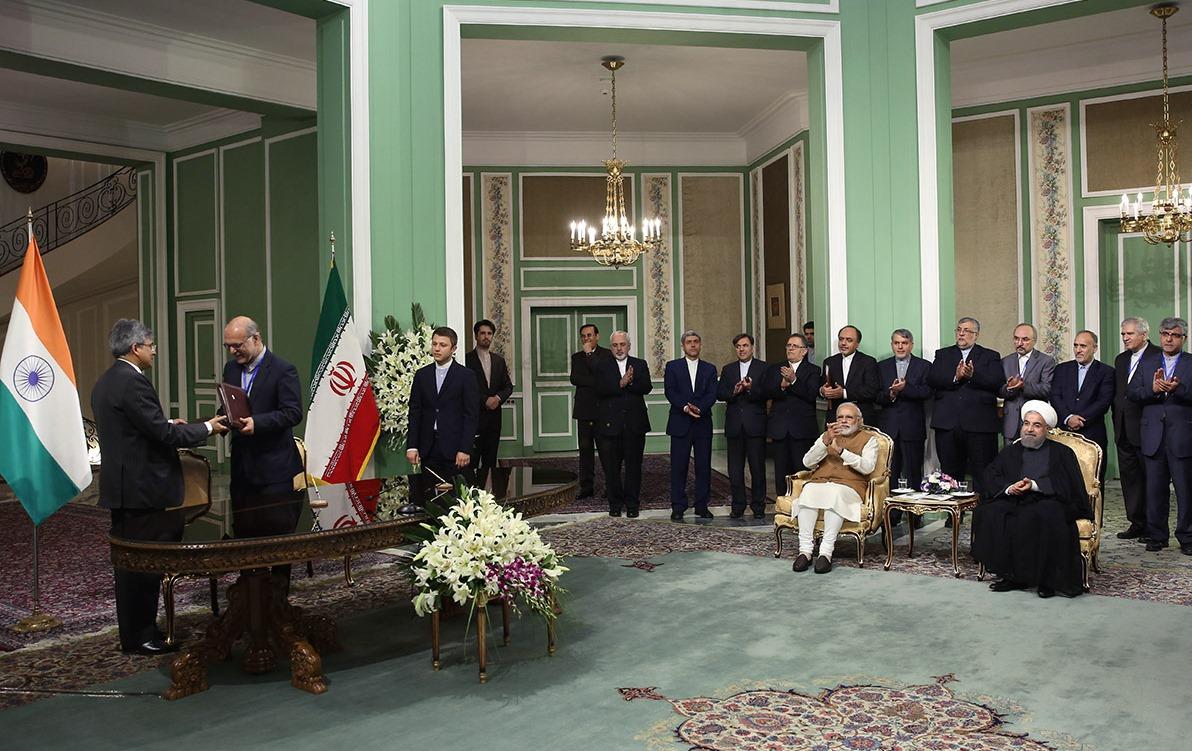 ایران و هندوستان روابط اقتصادی جامع برقرار می کنند/ همکاری دو کشور در صنایع آلومینیوم و پتروشیمی