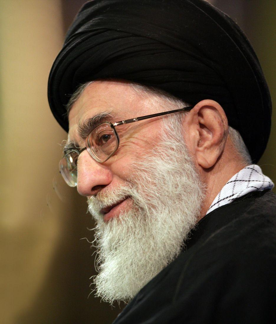 پیام رهبر معظم انقلاب به مناسبت آغاز بکار پنجمین دوره مجلس خبرگان