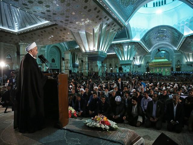 دشمنان آرزوی اختلاف میان قوا و رهبری را به گور می برند/ سید حسن خمینی سرمایه ای بزرگ برای حوزه علمیه و نظام است