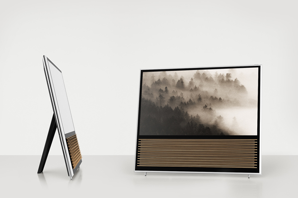 تلویزیون ۴ هزار پیکسلی با بدنهای از چوب بلوط مجهز به سیستم عامل اندروید + عکس