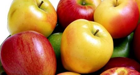 فواید شگفت انگیز خوردن سیب با پوست ناشتا