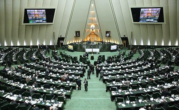 بررسی افزایش تعداد نمایندگان در کمیسیون شوراها