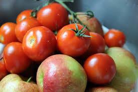 بعد از ترک سیگار، سیب و گوجه فرنگی مصرف کنید