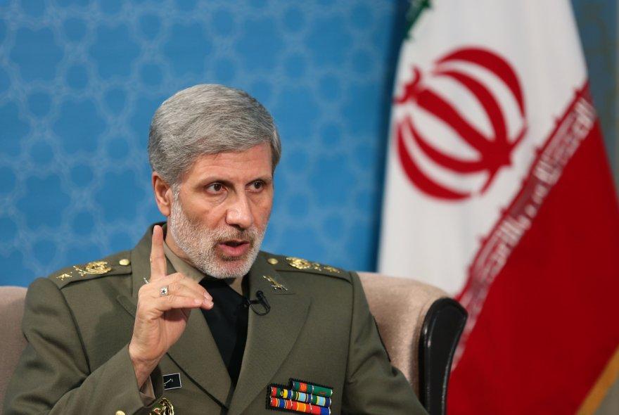 وزیر دفاع: دشمنان، ایرانی ناامن و بی ثبات را در سر می پرورانند