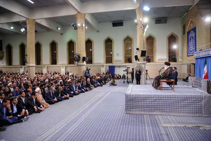 دیدار رهبر معظم انقلاب با رئیس و نمایندگان مجلس شورای اسلامی و مسئولان و کارکنان قوه مقننه