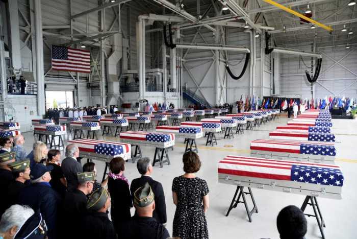 بازگرداندن بقایای اجساد سربازان آمریکایی کشته شده در جنگ کره