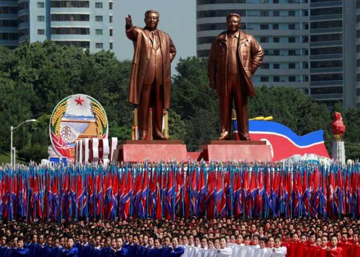جشن هفتادمین سالگرد تاسیس کره شمالی (بدون موشکهای قارهپیما)
