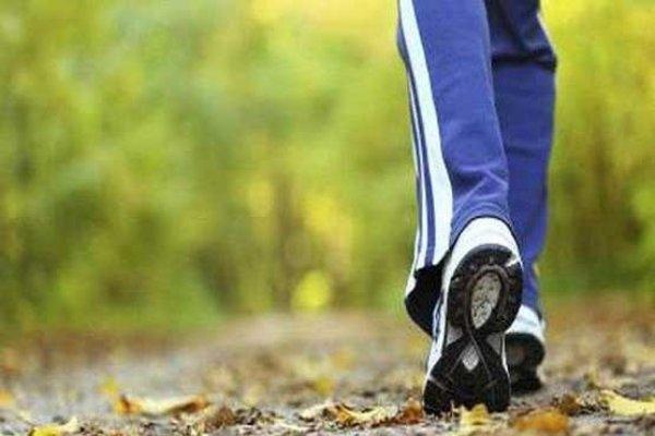 کاهش خطر مرگ زنانی که روزانه ۷۵۰۰ قدم برمی دارند