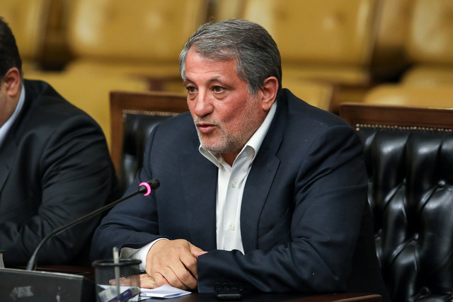 محسن هاشمی: تهران باید ۱۴ روز تعطیل شود