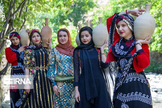 جشن چله تابستان در روستای زردوئی کرمانشاه