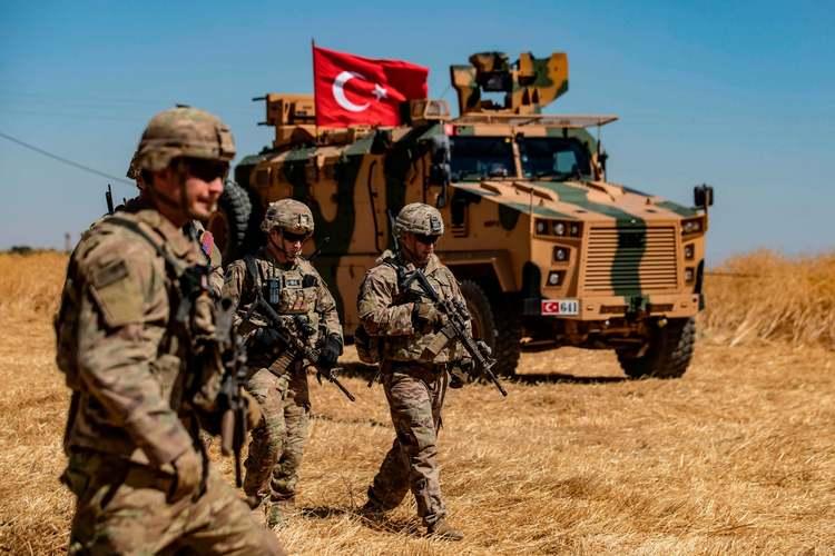 وزیر خارجه ترکیه: اردوغان از حساسیت شعر بیخبر بود