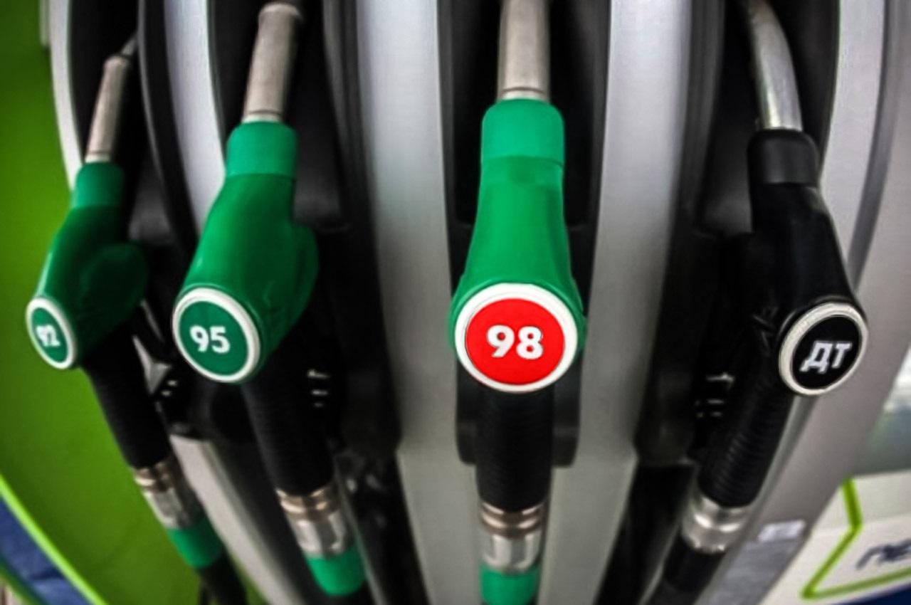 نحوه سهمیهبندی بنزین در ۱۴۰۰