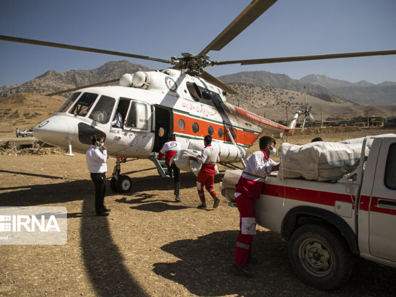 امداد رسانی به آسیب دیدگان زلزله اندیکا